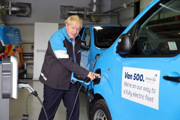 Boris Johnson and Rishi Sunak visit British Gas Training Academy